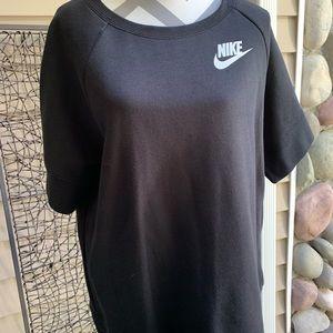Nike short sleeve crew